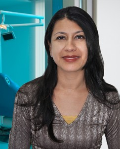 Odontologos en medellin: Odontologa General Lina Meza