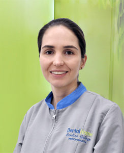 Dentist in medellin Carolina Gallego