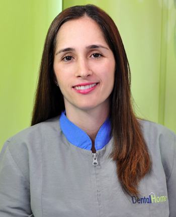 Dentist in medellin Carolina Gallego
